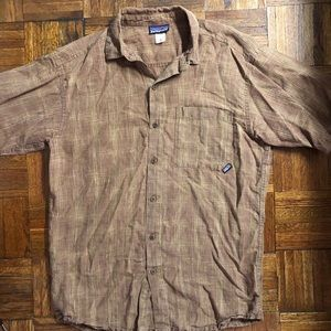 Patagonia short sleeve button down like new,  Med